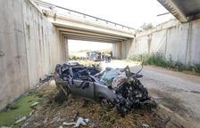 Mor un conductor i les seues dos filles resulten ferides en un accident a l'A-2 a Bell-lloc