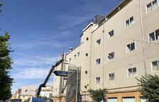 Obres per renovar l'hotel Casanovas, l'únic de Fraga