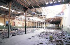 El museo textil de Alfarràs, fuera de la fábrica para cumplir plazos y no perder subvenciones