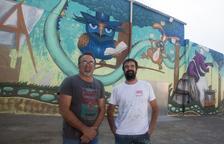 Un mural preside el nuevo patio de la escuela de Anglesola