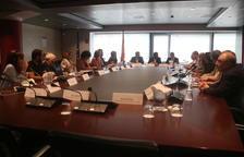 La Generalitat adverteix Endesa de possibles multes si talla la llum a famílies vulnerables