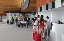 L'aeroport d'Alguaire supera els quatre mil viatgers en vols d'estiu