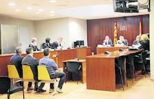 Dos anys de presó per abocar 20.000 litres de purins al canal d'Urgell