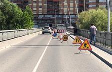 Fraga posa a punt ponts i carrers i repara clots i esquerdes
