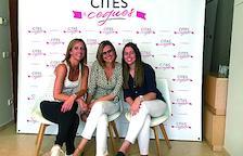 Gemma Besolí, Alba Vallejo y Laura Pubill, las artífices de la web Cites a Cegues de La Seu d'Urgell.