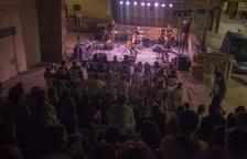 Mayora tuvo que suspender el concierto tras la segunda canción.