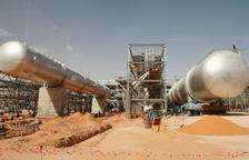 El preu del cru es dispara un 14% després de l'atac contra la petrolera de l'Aràbia Saudita