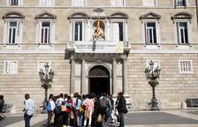 EL TSJC ordena a Torra retirar la pancarta a favor dels presos penjada a la Generalitat