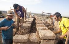 Verdú construye una casa ibérica con técnicas del III aC