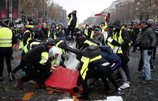Almenys 163 detinguts a París durant unes protestes