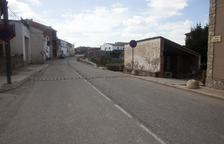 Anglesola renovará las aceras y las tuberías de la calle Lleida