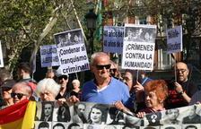 Llum verda per exhumar Franco