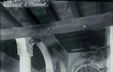 Sant Climent el 1904, amb un retaule ocultant el Pantocràtor.