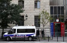 Un atac a una comissaria de París provoca quatre morts