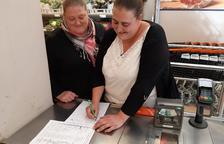 Recogen firmas para exigir la mejora integral del Sant Hospital de La Seu