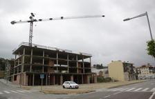 Balaguer ordena tapiar y vallar 26 edificios y 3 pozos en solo 10 meses