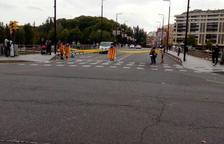 Tallen el pont Vell de Lleida en protesta per la sentència del procés.