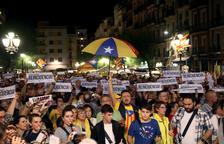 Protesta multitudinaria en las calles de Tarragona
