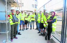Classes per a alumnes del Torre Vicens a les obres de l'escola d'Almenar