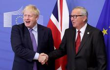 Londres y Bruselas logran un acuerdo para una salida ordenada de Reino Unido de la UE