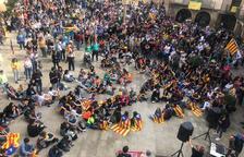 La manifestació de Tàrrega acaba a la plaça Major