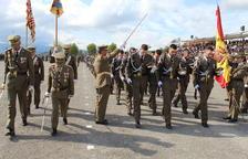Setanta civils juren bandera a l'Acadèmia de Talarn