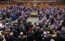 El Parlamento británico bloquea el acuerdo del Brexit y fuerza a pedir otra prórroga