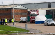 Troben trenta-nou immigrants morts a l'interior d'un camió a Anglaterra