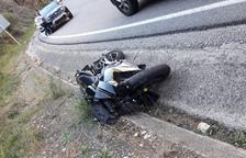 Mor una motorista al col·lidir a Castell de Mur