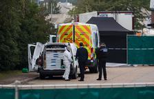 Imputan 39 homicidios al conductor del camión de Essex