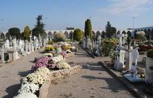 Mollerussa arregla el seu cementiri