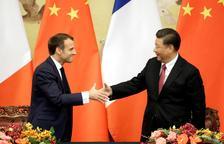Macron vira su política migratoria a la derecha para combatir a Le Pen