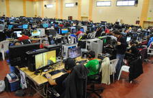 La Lan Party ha omplert d'ordinadors el pavelló firal.