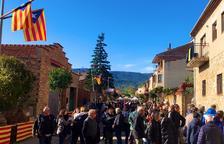 Las calles de Vilanova de l'Aguda se llenaron de visitantes durante la mañana de ayer.