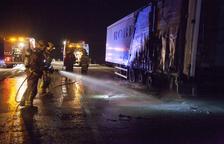 Cortada 4 horas la N-II en Granyanella por el incendio de un camión