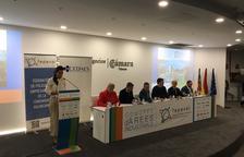 Diversos empresaris marxen d'un Congrés a València en negar-se un diputat de Compromís a parlar en castellà