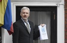 Alertan de que Assange podría morir en prisión si no recibe tratamiento
