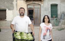 Alguns paradistes porten al mercat les seues pròpies hortalisses.