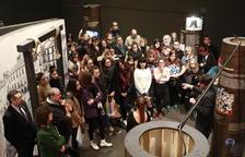 El coordinador y comisario Pau Castell presentó ayer en el Museu de Lleida la exposición itinerante.