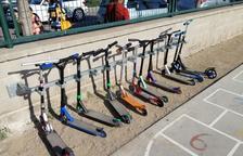 Parking para patinetes en un colegio de Balaguer