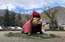 Esterri estrena una 'Tronca' gigante y su feria de Navidad