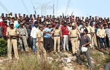 La policia índia mata quatre acusats de violació