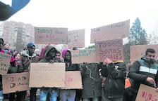 Protesta por el acoso a 'menas' en Hortaleza