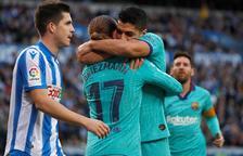 Luis Suárez abraza a Griezmann tras marcar este el 1-1.
