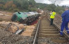 El tren volcado en Vinaixa cuesta más de 7.000 € al mes en agua potable al pueblo