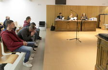 Piden de 3 a 17 años para 6 acusados de asaltos en 28 viviendas de Ponent
