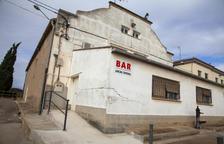Cierran un bar en La Guàrdia d'Urgell tras aparecer grietas
