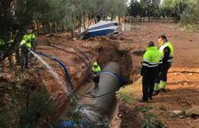 La ruptura d'una canonada deixa sense proveïment d'aigua 63 pobles