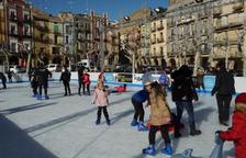 Set mil persones han patinat sobre el gel a Balaguer