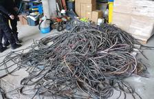 La Policía Local de Alcarràs decomisa un alijo de cables robados
